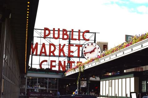 Pike-Place-Market - Seasonly Creations