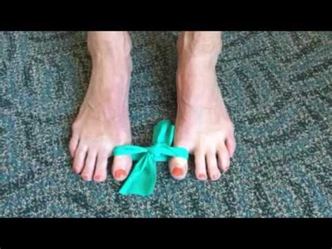 Variation of Spica Taping for Big Toe Joint Pain   FunnyDog